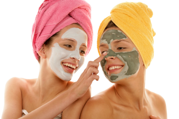 woman doing face masks