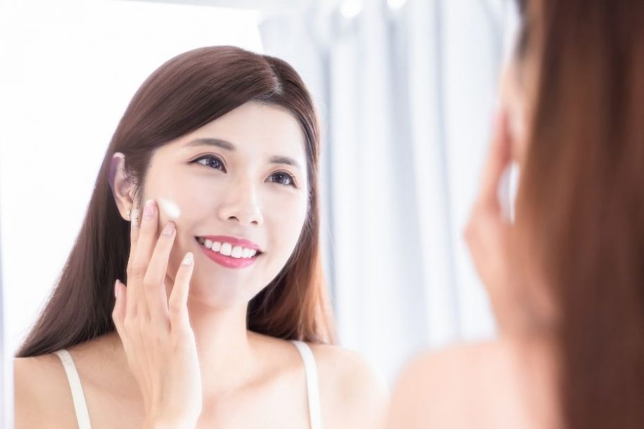 9 Essential Steps to Build a Skin Care Routine for Women